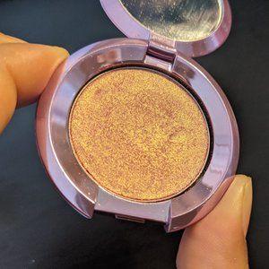 Mini BECCA Highlighter in Lilac Geode